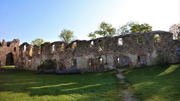 Duobelės piliakalnis